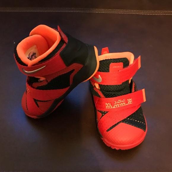 new style ac1ab d575b Baby Lebron James (EUC) size 4.